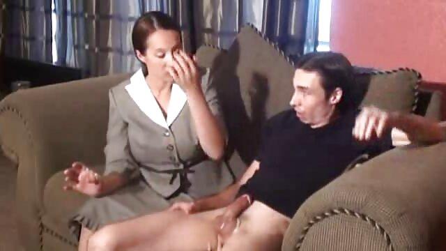 کودک شیطان تخم فیلم سوپر سگ با زن گذاری می کند