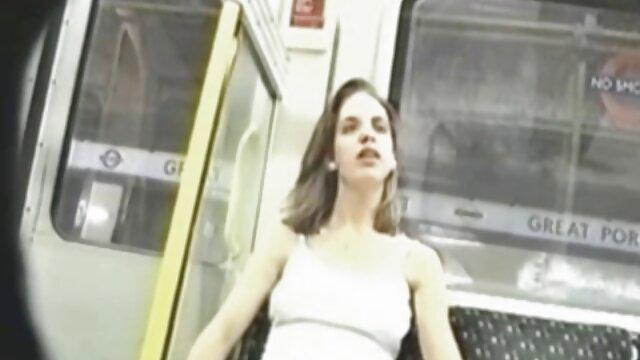 کلودیا ولنتاین فیلم سوپر با زن